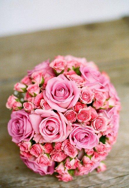 Les fleurs romantiques qui ne sont pas des roses