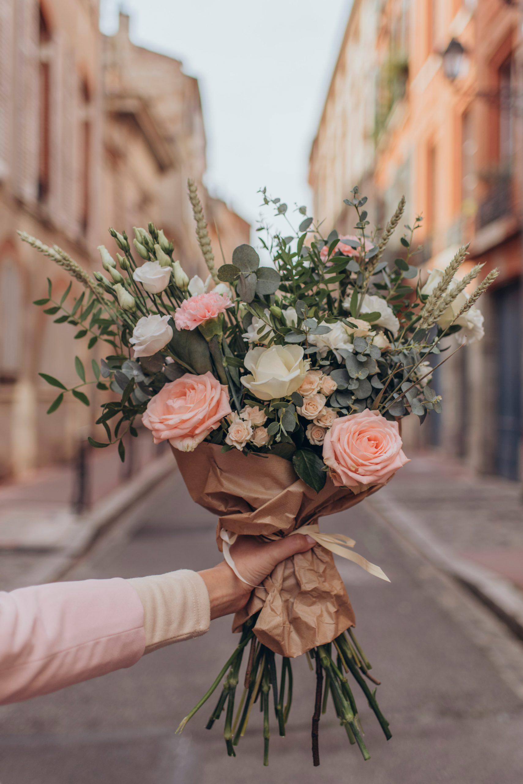 Pourquoi est-il avantageux d'acheter des fleurs en ligne ?